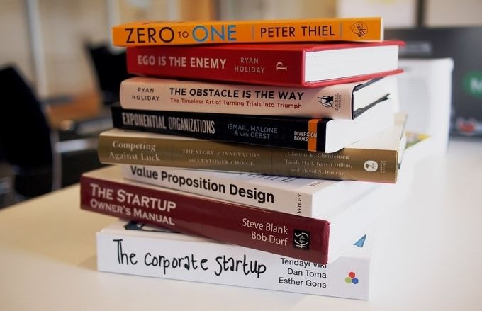 christmas-gifts-for-employees---books