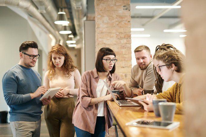 employee_attitude_conversation_with_employees_1