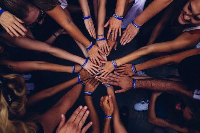 Millennials-in-the-workforce-teamwork