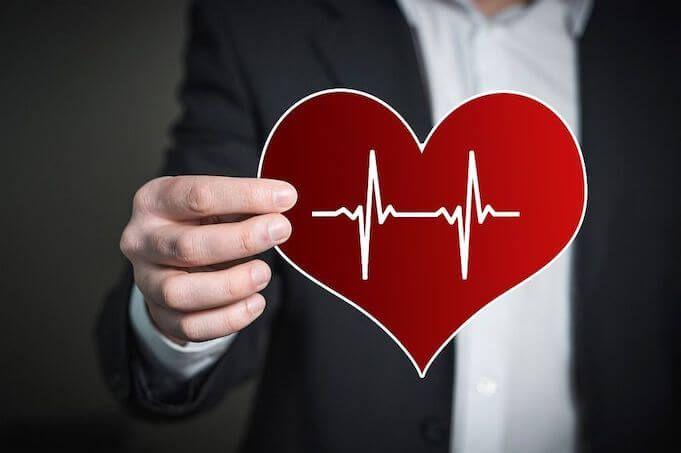 Pulse-survey-heart-and-hand
