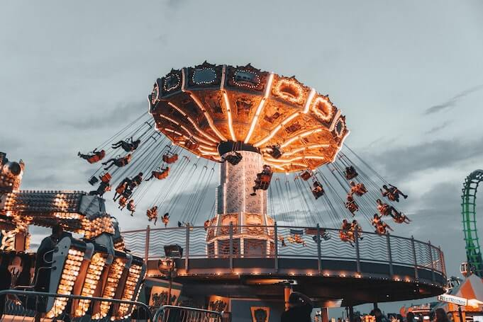 company-outing-ideas-amusement-park