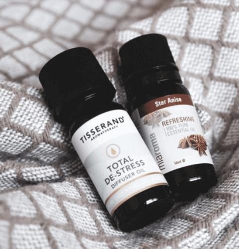 secret-santa-gift-ideas-for-coworkers-essential-oils
