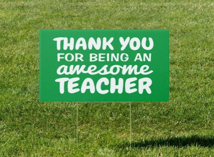 Teacher-yard-signs-1